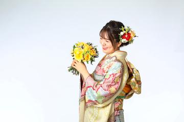 成人式 振り袖 古典柄 絞り 生花